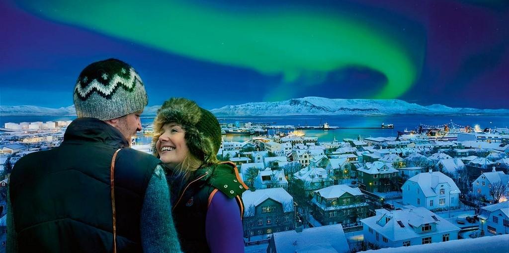 Norrsken i Reykjavik på Island