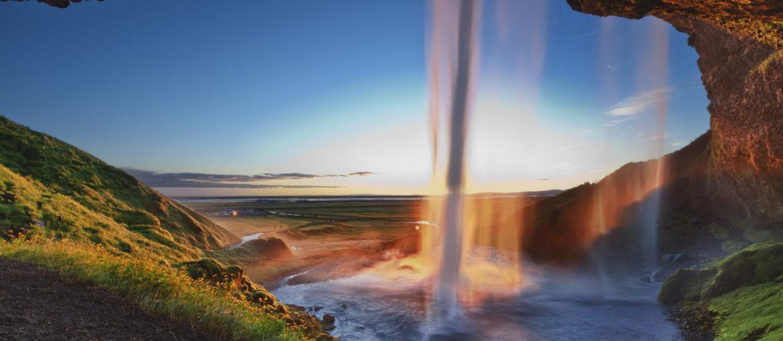 Vattenfallet Seljalandsfoss på södra Island
