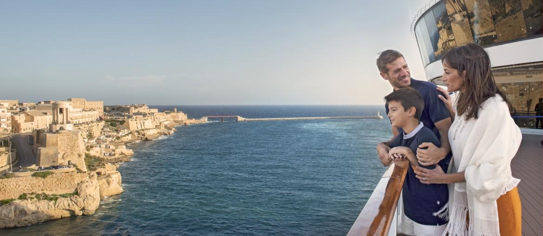 MSC Splendida på kryssning utanför Malta