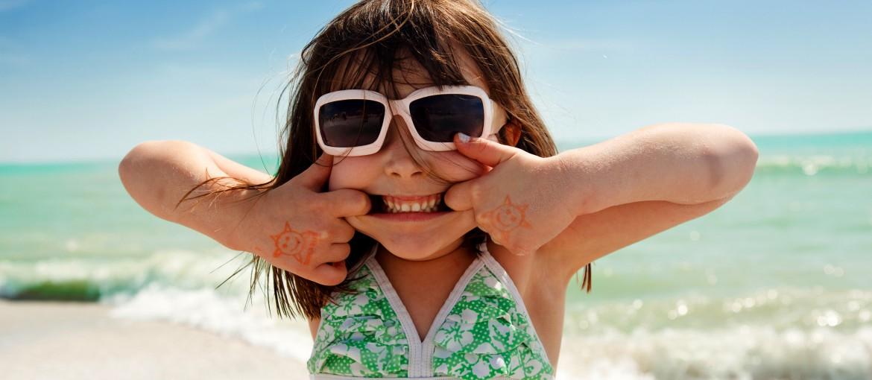 Badflicka vid Clearwater Beach, Florida, USA