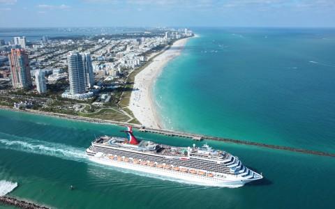 Kryssning med Carnival Glory från Miami, Florida, USA