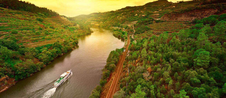 Flodkryssning i vackra Dourodalen