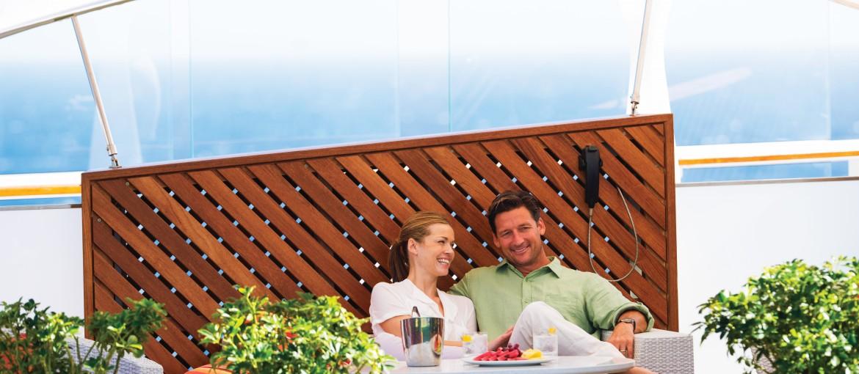 Lawn Club ombord på kryssning med Celebrity Cruises