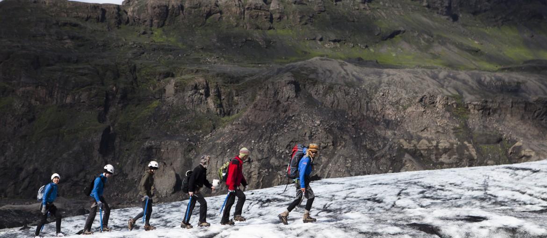 Glaciärvandra och isklättra på Solheimajökull på Island