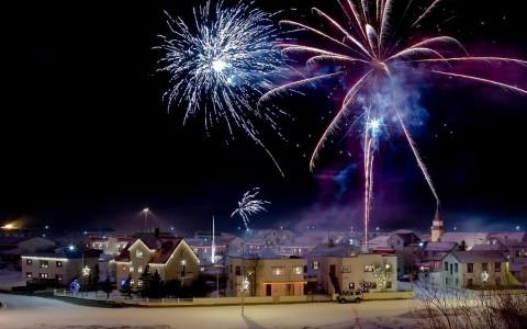 Fyrverkerier på nyår i Reykjavik, Island