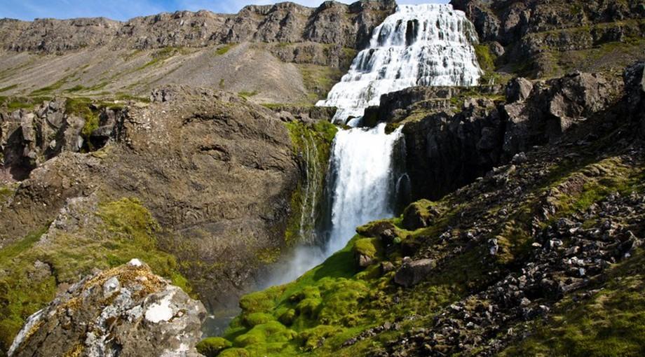 Dynjandifoss vattenfall på Västfjordarna, Island