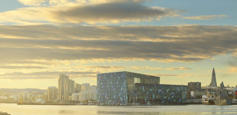 Reykjavik med Harpa konserthus