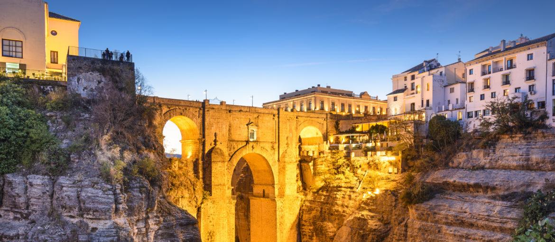 Puento Nuevo-bron i Ronda, Andalusien, Spanien