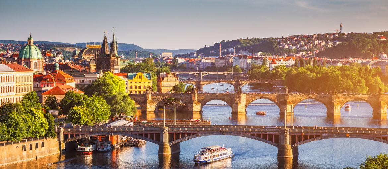 Härlig utsikt över Prags gamla stad