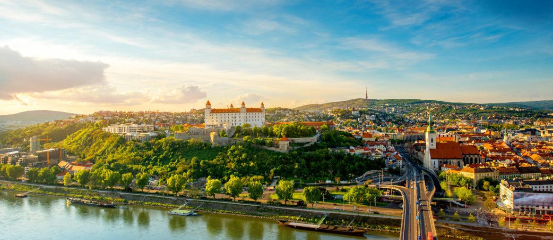 Flodkryssning på Donau till tre huvudstäder